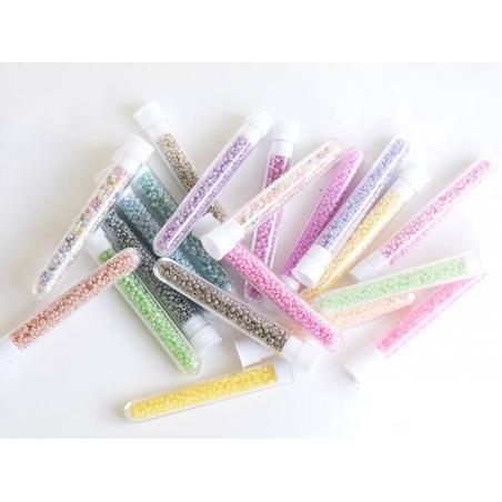 Acheter Tube de 350 perles ceylons - jaune pâle - 0,99€ en ligne sur La Petite Epicerie - Loisirs créatifs
