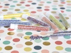 Tube de 350 perles rayées tricolores - bleu marine/marron/blanc