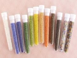 Acheter Tube de 350 perles transparentes mattes - marron clair - 0,99€ en ligne sur La Petite Epicerie - Loisirs créatifs