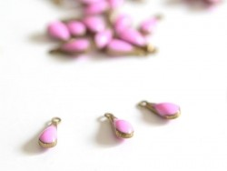 Enamelled drop pendant - pink