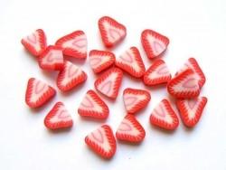 Acheter 20 perles fraises en pâte polymère - 1,99€ en ligne sur La Petite Epicerie - Loisirs créatifs