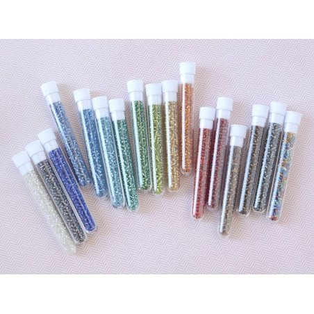 Tube of 350 beads with silver-coloured inclusions - white