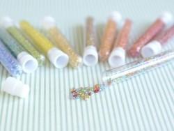 Tube de 350 perles transparentes irisées - multicolore