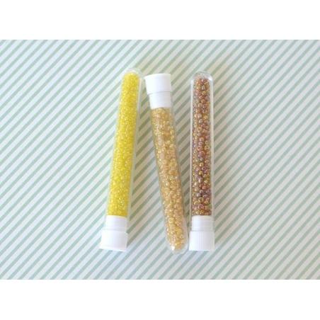 Acheter Tube de 350 perles transparentes irisées - ocre - 0,99€ en ligne sur La Petite Epicerie - Loisirs créatifs