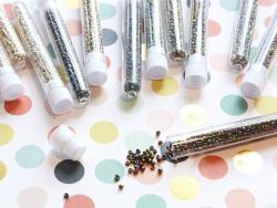 Tube de 350 perles métallisées - multicolore