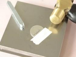 Tampons à frapper - lettres minuscules Newsprint