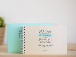 "Baby album - ""Bonjour le monde"" (in French)"