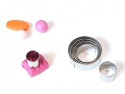 6 emporte-pièces circulaires en métal