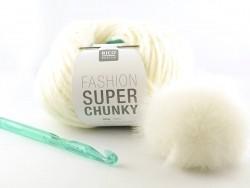 Chunky crochet kit - white hat