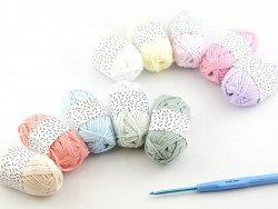 10 kleine Baumwollknäuel - Pastell