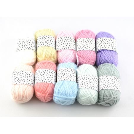 Acheter 10 mini pelotes acrylique - pastel - 8,35€ en ligne sur La Petite Epicerie - 100% Loisirs créatifs