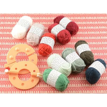 Acheter 10 mini pelotes acrylique - Noël - 8,35€ en ligne sur La Petite Epicerie - Loisirs créatifs