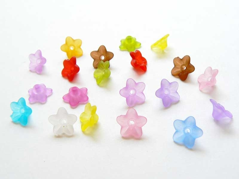 Set of 20 flower-shaped beads - multiple colours