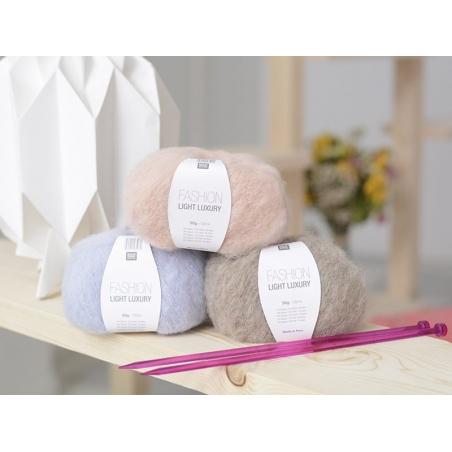"""Acheter Laine à tricoter """"Fashion light luxury"""" - poudre - 8,40€ en ligne sur La Petite Epicerie - Loisirs créatifs"""