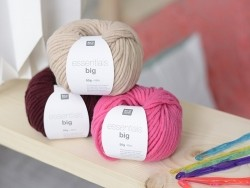 "Knitting wool - ""Essentials big"" - ruby"
