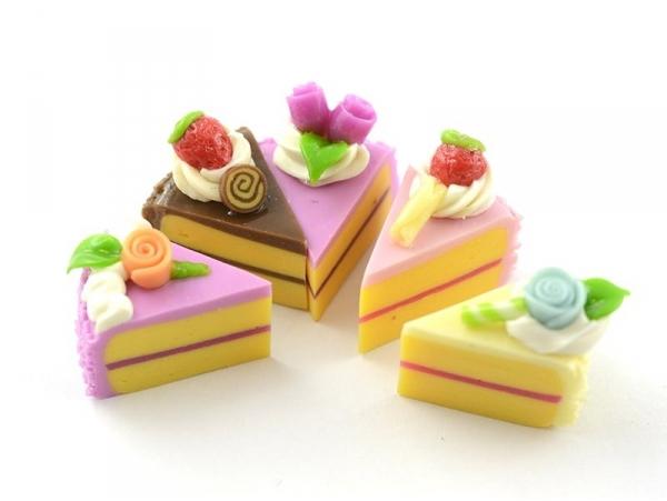 5 parts de gâteaux minitures