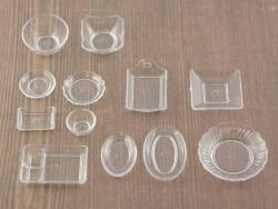 Vaisselle transparente miniature
