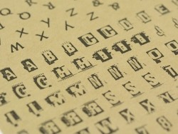 Buchstabensticker - Kraftpapiereffekt