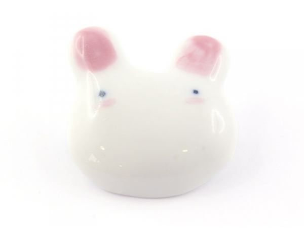 Very cute rabbit brooch - ceramic