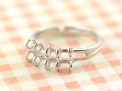 Ring with 10 jump rings - silver-coloured