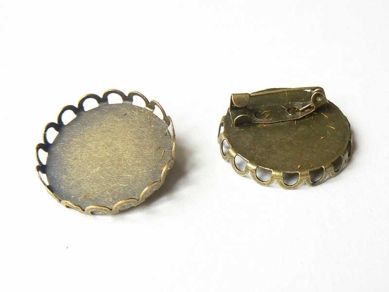 Bronze-coloured brooch base for round cabochons