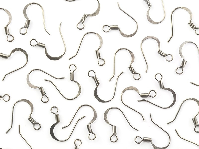 10 pairs of earrings - flat earring wires - silver-coloured
