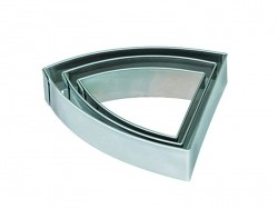 3 metal biscuit cutters - Pennant