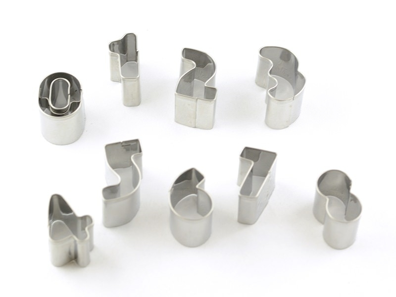 Emporte-pièces chiffres en inox Fimo - 1
