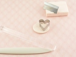 Acheter kit bijoux fimo kids - coeur - 15,79€ en ligne sur La Petite Epicerie - Loisirs créatifs