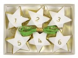 Adventskalender in Form einer Sternengirlande