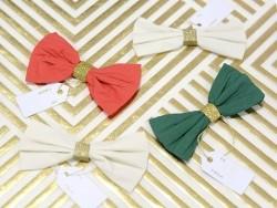 4 décorations cadeaux noeuds en crépons