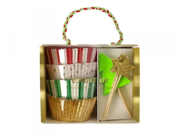 Set of 48 cupcake cases and 24 decorative star-and Christmas-tree-shaped toothpicks
