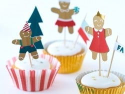 Set of 24 cupcake cases and 12 decorative gingerbread toothpicks
