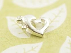 1 fermoir mousqueton en forme de coeur - couleur argent clair