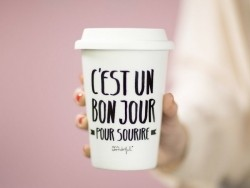 """Tasse mit Deckel - """"Wake up and make your dreams come true"""""""
