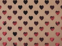 Kraft paper sheet - red hearts