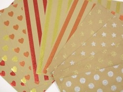 Kraft paper sheet - golden hearts