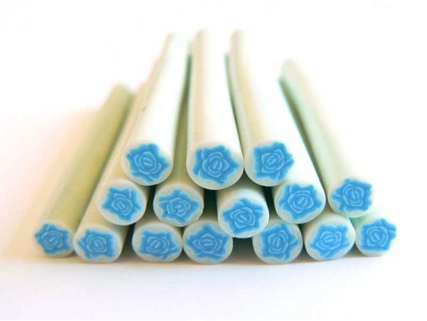 Cane rose bleue en pâte fimo - modelage