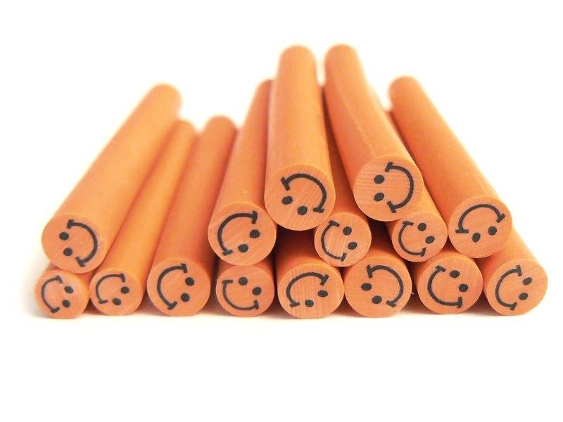 Acheter Cane sourire Orange- en pâte polymère pour le modelage - 0,99€ en ligne sur La Petite Epicerie - Loisirs créatifs