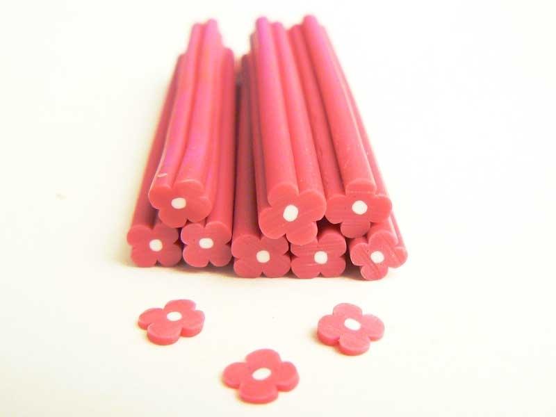 Cane fleur simple rose en pâte polymère