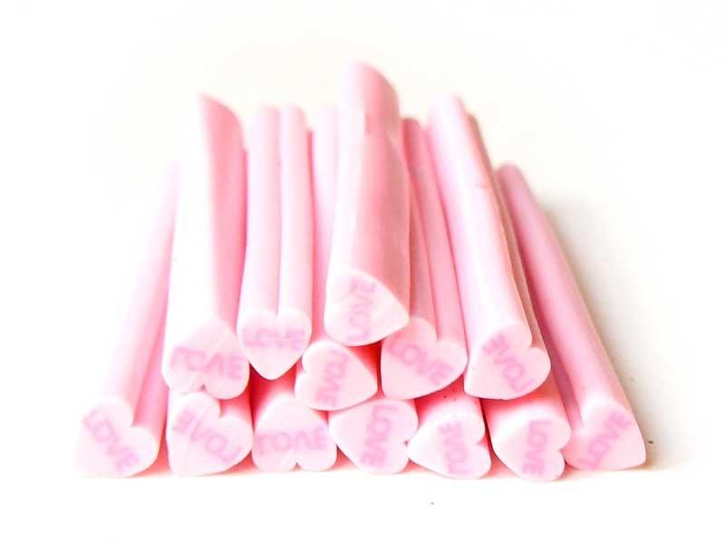 Acheter Cane coeur rose Love- en pâte fimo - à trancher - 0,99€ en ligne sur La Petite Epicerie - 100% Loisirs créatifs