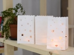 5 paper candle bags - stars
