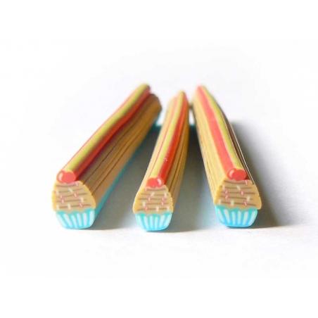 Acheter Cane cupcake bleu et ses vermicelles colorés - 0,99€ en ligne sur La Petite Epicerie - Loisirs créatifs