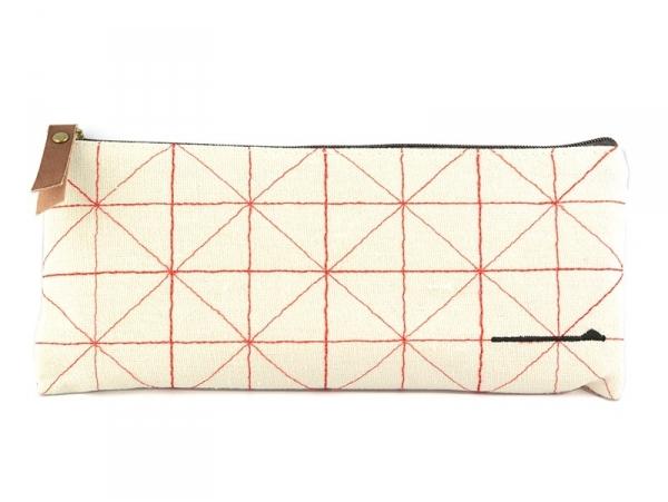 Acheter Trousse à motifs cousus - rouge - 9,80€ en ligne sur La Petite Epicerie - Loisirs créatifs