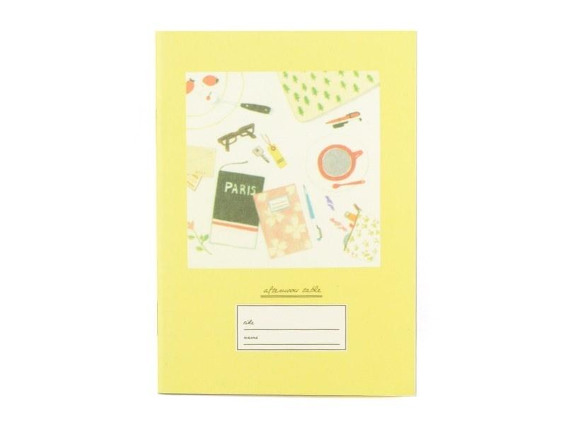 Petit carnet- jaune table