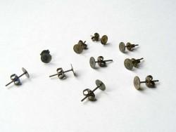10 Paar bronzefarbene Ohrstecker