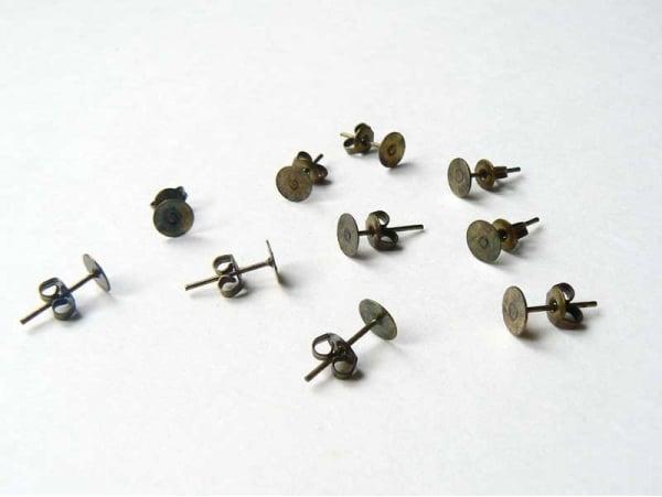 10 paires de puces d'oreilles couleur bronze  - 1