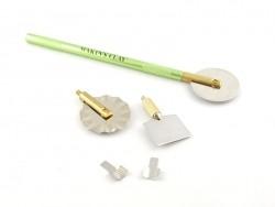 Set d'outils pour couper la pâte polymère