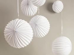 3 lampions en papier - blanc