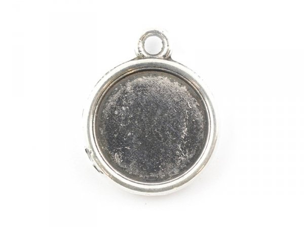 1 round silver-coloured pendant with a cabochon base - 19 mm